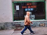 La reforma al sistema de fianzas en California regresa con un nuevo proyecto de ley