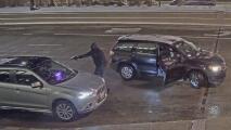 En video: El momento en el que el un vehículo es robado a mano armada cerca de la Torre Willis