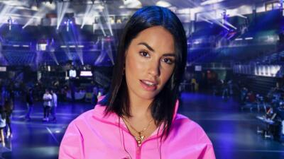 Lali Espósito, de rosa y lista para cantar y presentar Premios Juventud