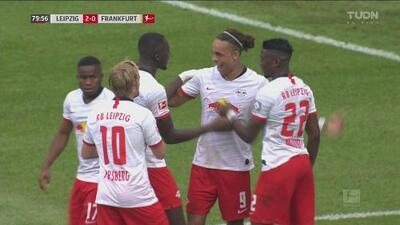 Golazo de volea de Yussuf Poulsen y RB Leipzig se pone 2-0 sobre Eintracht Frankfurt