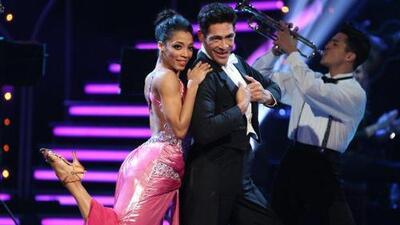 Mira el paso de Johnny Lozada en Mira Quién Baila