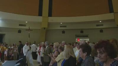 Miles de feligreses en Miami celebran una misa en honor a la Virgen de la Caridad del Cobre