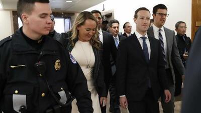 Mark Zuckerberg declara ante el Congreso sobre la filtración de datos de usuarios de Facebook