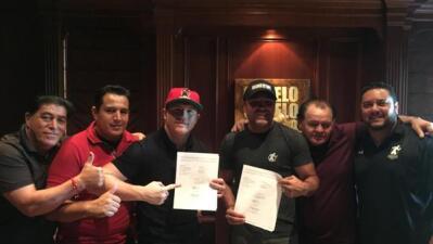 Saúl 'Canelo' Alvarez extendió su contrato con Golden Boy y Ronda Rousey lo felicita
