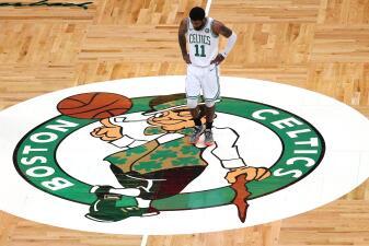 Los Celtics arman racha en el último cuarto para remontar y vencer a Pacers