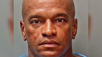 Arrestan al sospechoso de raptar a una menor de 8 años cuando caminaba con su madre en Texas