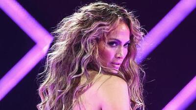 Jennifer López se desnuda para una revista y admite qué le duele a sus casi 50
