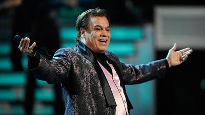 Mexican singer-songwriter Juan Gabriel dies at age 66
