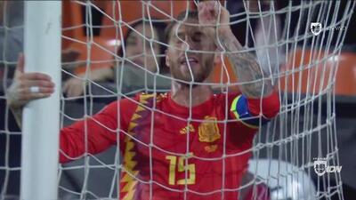 Clarísima oportunidad e infame error de Sergio Ramos