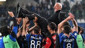 Atalanta e Inter dejan al Milan y a la Roma sin Champions League