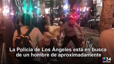 Un hombre fue capturado en video golpeando a dos mujeres en el centro de Los Ángeles