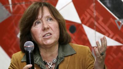 La bielorrusa Svetlana Alexiévich gana el Premio Nobel de Literatura