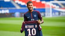 Las cuentas pendientes del astro del fútbol Neymar con la justicia española