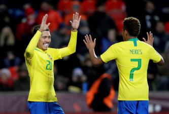 En fotos: Brasil se sacudió en la fecha FIFA y venció a República Checa sin Neymar