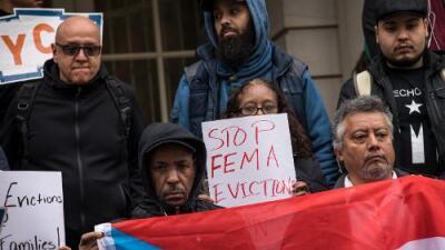Juez autoriza al gobierno a cortar el pago de alojamiento temporal a desplazados puertorriqueños del huracán María