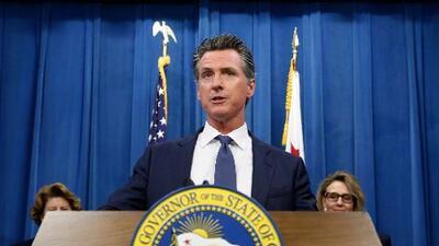 El gobernador de California condena el reglamento de Trump que define quién es una carga pública