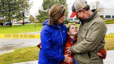 """""""Tenía un bate en mi mano, si moría lo iba a hacer peleando"""": el testimonio de un estudiante que sobrevivió al tiroteo en Denver"""