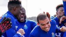 En pleno partido, Pepe casi agarra a golpes a ¡un compañero de equipo!