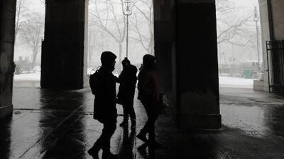Las niñas sufren de ciberacoso tres veces más que los niños, según un nuevo reporte