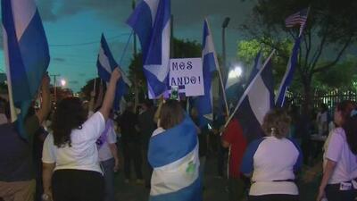 Nicaragüenses en Miami se unen en una manifestación para pedir la salida de Daniel Ortega del poder