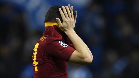 Los llantos en la Roma, tras salir eliminados de la Champions League ante el Porto