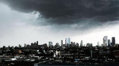 Continúa vigente la advertencia por lluvias e inundaciones repentinas durante este lunes en Nueva York