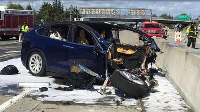 Tesla culpa a víctima por accidente mortal en uno de sus vehículos