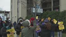 Continúa la huelga de empleados de asilos en Illinois: exigen mejores condiciones laborales