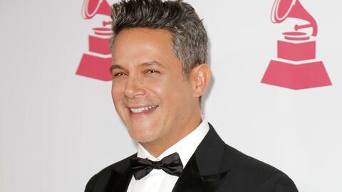 Alejandro Sanz fue reconocido como la 'Persona del Año' en una velada llena de amigos entrañables