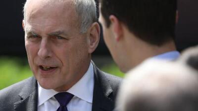 El jefe de gabinete de Trump propone una vía a la ciudadanía para quienes perdieron el TPS, pero hace 6 meses presionó para expulsarlos
