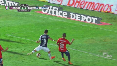 Gutiérrez Armas le roba el gol a Zaldívar