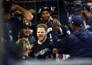 Entrada x entrada: Brewers comienzan ganando en la Serie de Campeonato de la Liga Nacional