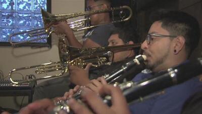 A través de la música, Dreamers buscan incentivar a otros a que se involucren en la política
