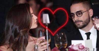 Maluma llega con nueva 'novia' a un evento en México