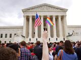 """Pareja gay reacciona a comentarios del Papa: """"Hemos sido aislados por muchos años solo por nuestra orientación sexual"""""""