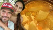 """La novia de Julián Gil tiene una razón para no compartir la receta del """"caldo del amor"""""""