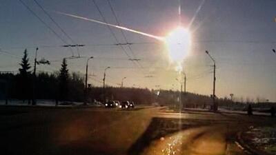 Un meteorito llega a la atmósfera de la Tierra y provoca una explosión 10 veces más fuerte que la bomba de Hiroshima
