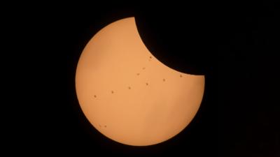 Conoce cómo puedes ver el eclipse solar que sucederá en Chile este 2 de julio