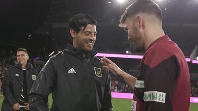 ¡Atención, Tata! Con par de golazos de Carlos Vela, LAFC golea al equipo de Iniesta, Podolski y David Villa