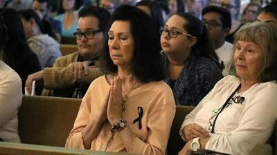 Realizan vigilia en Las Vegas para orar por las víctimas del tiroteo