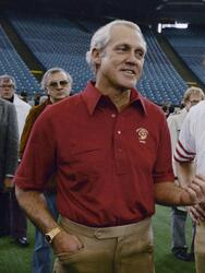 San Francisco 49ers quarterback Joe Montana (16), shown with coach Bill Walsh on Jan. 19, 1982 in Pontiac, Michigan as the San Francisco 49ers get ready to meet the Cincinnati Bengals in the Super Bowl XVI game. (AP Photo/Atkins)