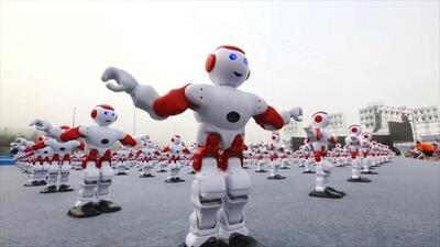 1,007 Robots rompen récord de baile en China