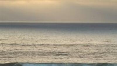 Playas de San Diego permanecen cerradas tras derrame de aguas negras en Tijuana