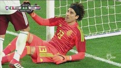 Extraordinaria reacción de 'Memo' Ochoa silenció el grito de gol de Croacia
