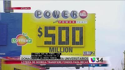 Lotería de Georgia transfiere fondos para becas