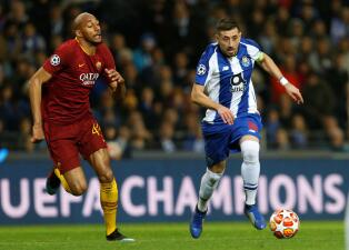 En fotos: suerte distinta para los mexicanos en el paso de Porto a Cuartos de Final en Champions
