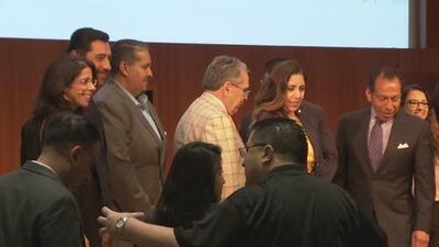 Líderes latinos de San José participaron en un foro sobre temas importantes para la comunidad