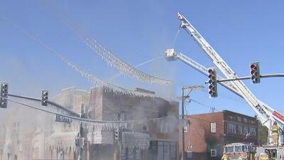 Voraz incendio en Waukegan deja seis familias desplazadas, entre ellas cinco hispanas