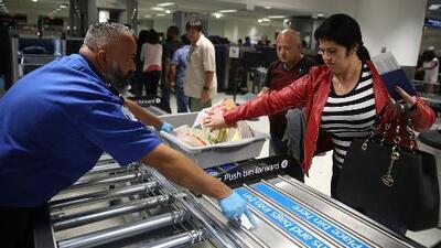 Los aeropuertos del sur de Florida funcionan con normalidad pese a las tormentas severas