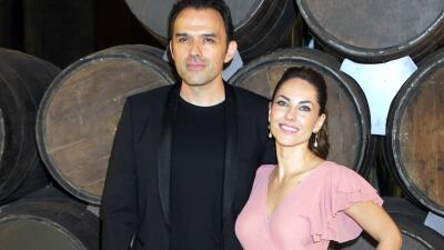 Bárbara Mori felicita a su novio Fernando Rovzar por un logro y él responde con un mensaje de amor eterno